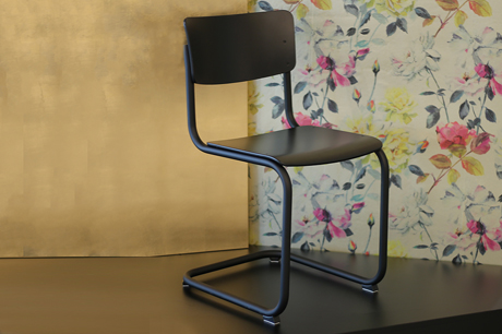 Limited-Signature-Edition S 43 von Thonet