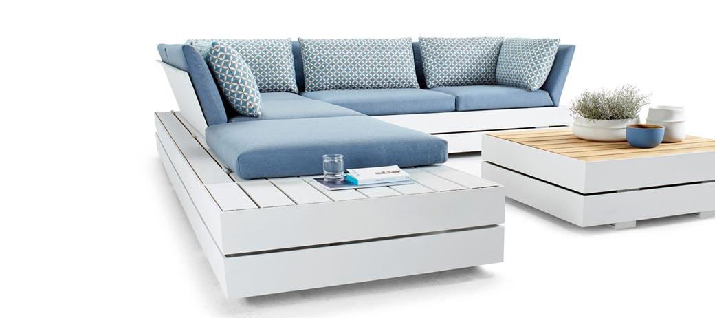 jetzt neu im flagship kieler stra e outdoor m bel von. Black Bedroom Furniture Sets. Home Design Ideas