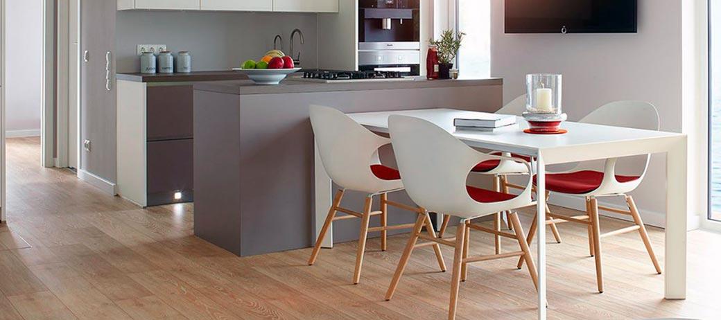 verkaufsoffener design sonntag 6 st hle kaufen 5 bezahlen nur am im flagship kieler. Black Bedroom Furniture Sets. Home Design Ideas