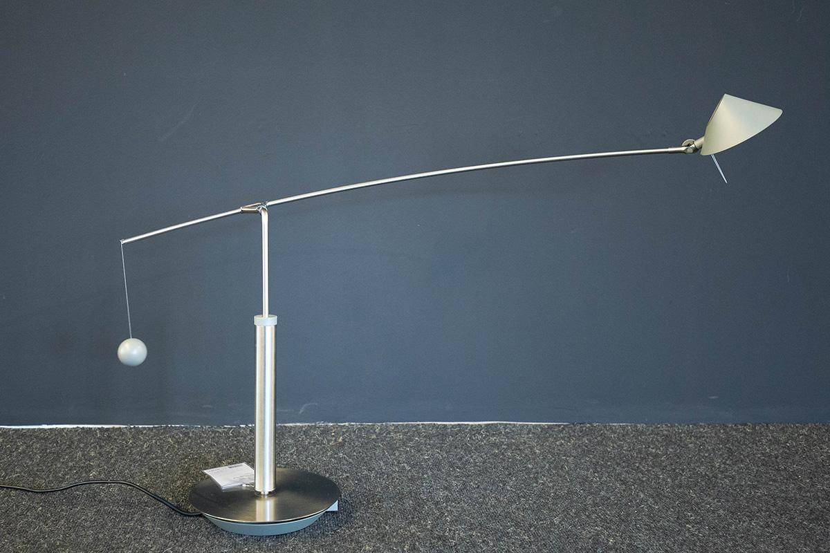 Ausstellungstück im Sale: Tischleuchte Nestore Tavolo 90 von Artemide für 400 €