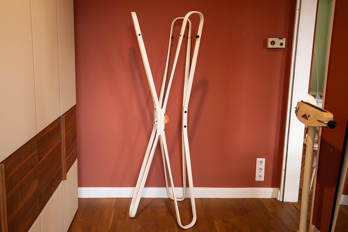 garderobenm bel designerm bel sale ausstellungsst cke aus dem bereich garderobenm bel. Black Bedroom Furniture Sets. Home Design Ideas