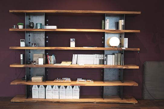 regale im sale cramer m bel design. Black Bedroom Furniture Sets. Home Design Ideas