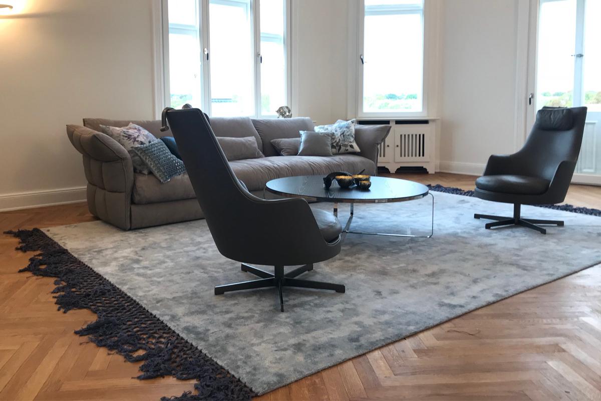 Ausstellungstück im Sale: Teppich Fringes von Baxter für 2.290 €