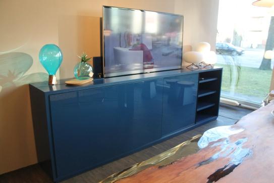 tv und medienm bel im sale cramer m bel design. Black Bedroom Furniture Sets. Home Design Ideas