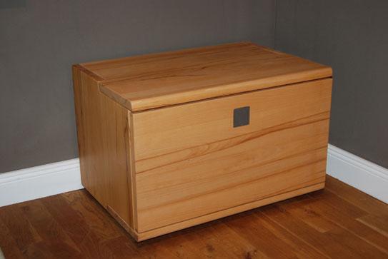 esstische designerm bel sale ausstellungsst cke aus dem bereich esstische cramer m bel design. Black Bedroom Furniture Sets. Home Design Ideas