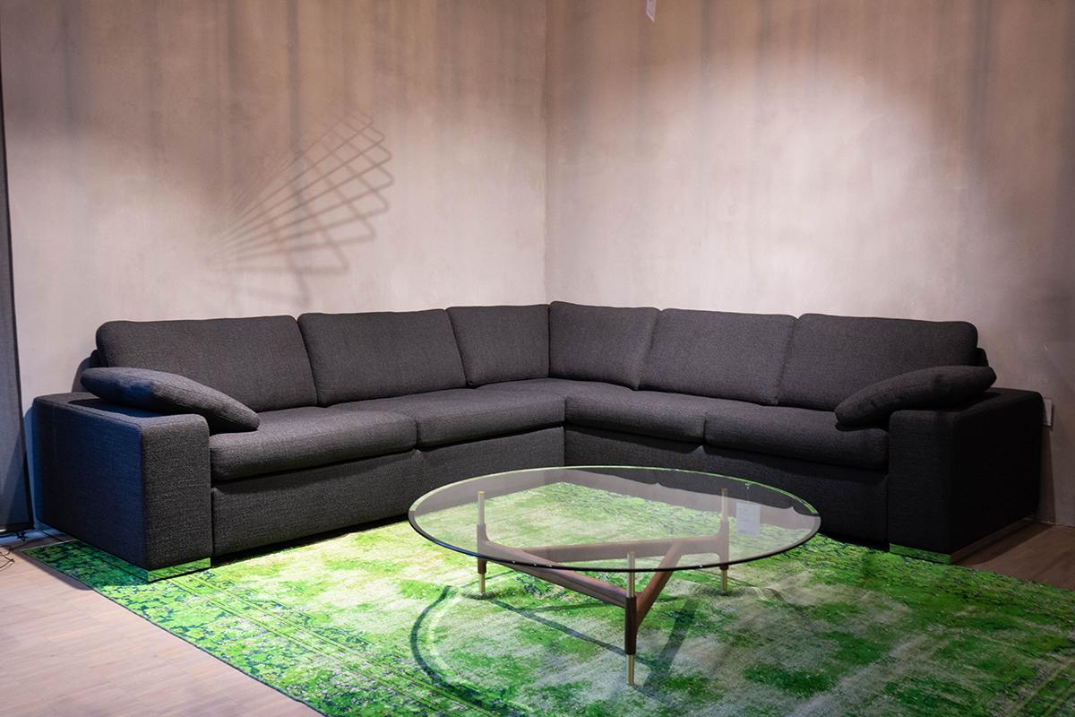 cor ecksofa conseta als ausstellungsst ck im sale cramer m bel design. Black Bedroom Furniture Sets. Home Design Ideas