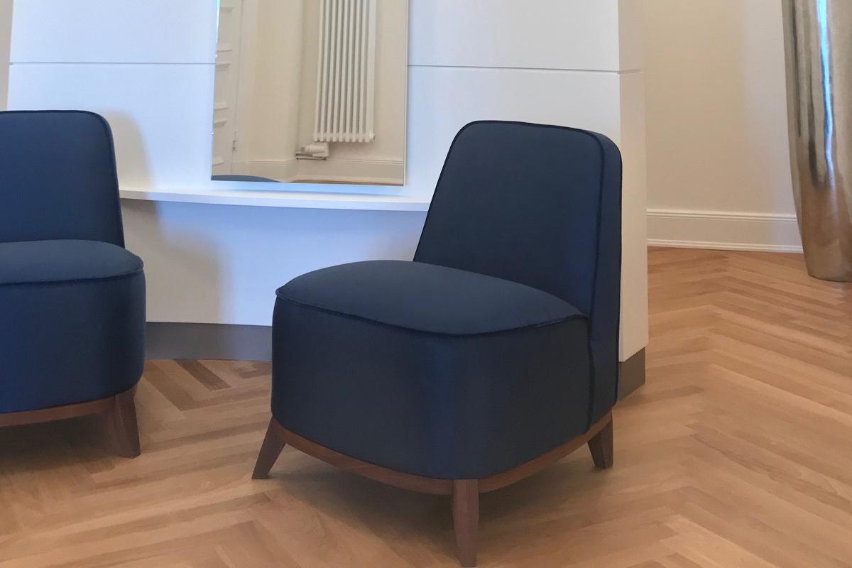 Ausstellungstück im Sale: Sessel Cavallo von Cramer Polstermanufaktur für 590 €