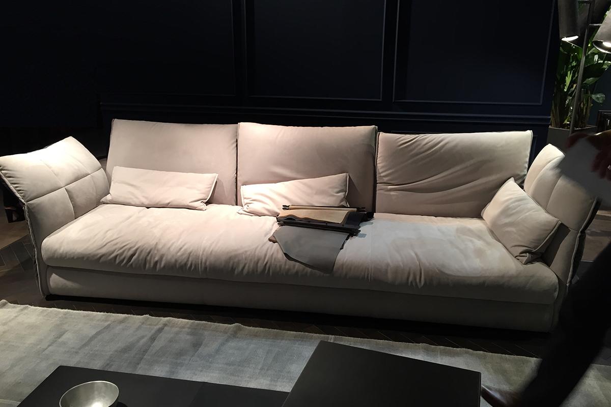 Ausstellungstück im Sale: Sofa Eva 618 SX von Cierre Imbottiti für 4.990 €