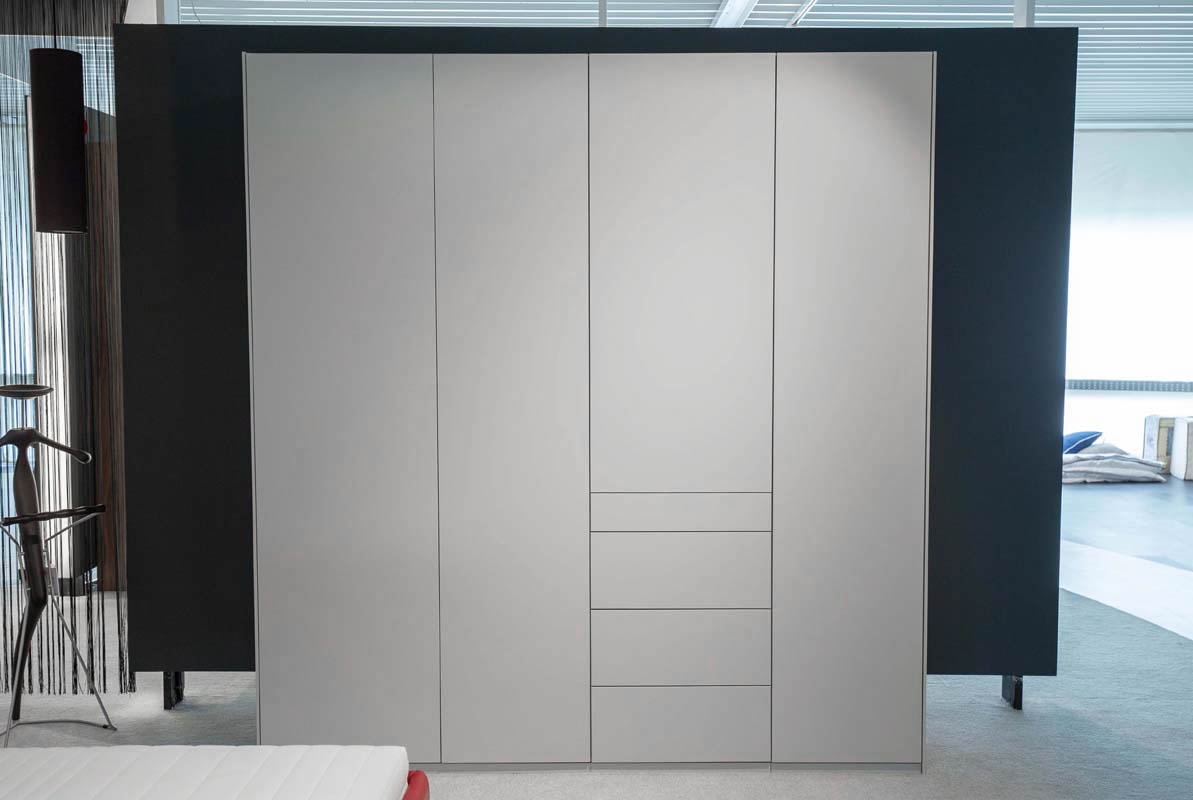 Ausstellungstück im Sale: Kleiderschrank Refugium B 220 cm von Cramer Holzmanufaktur für 2.890 €