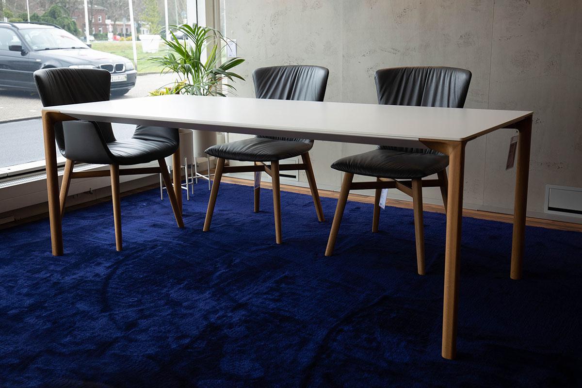 Ausstellungstück im Sale: Esstisch Boaccia Wood von Kristalia für 2.690 €