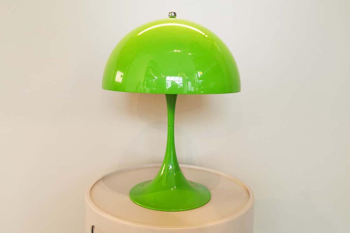 Ausstellungstück im Sale: Tischleuchte Panthella Mini  von Loius Poulsen für 298 €