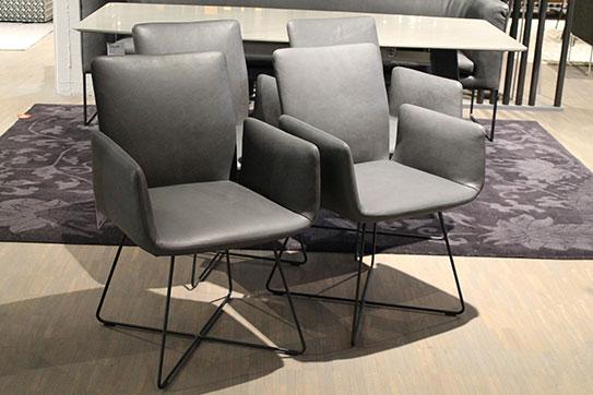 Ausstellungstück im Sale: Armlehnstuhlgruppe Jalis von COR für 4.690 €