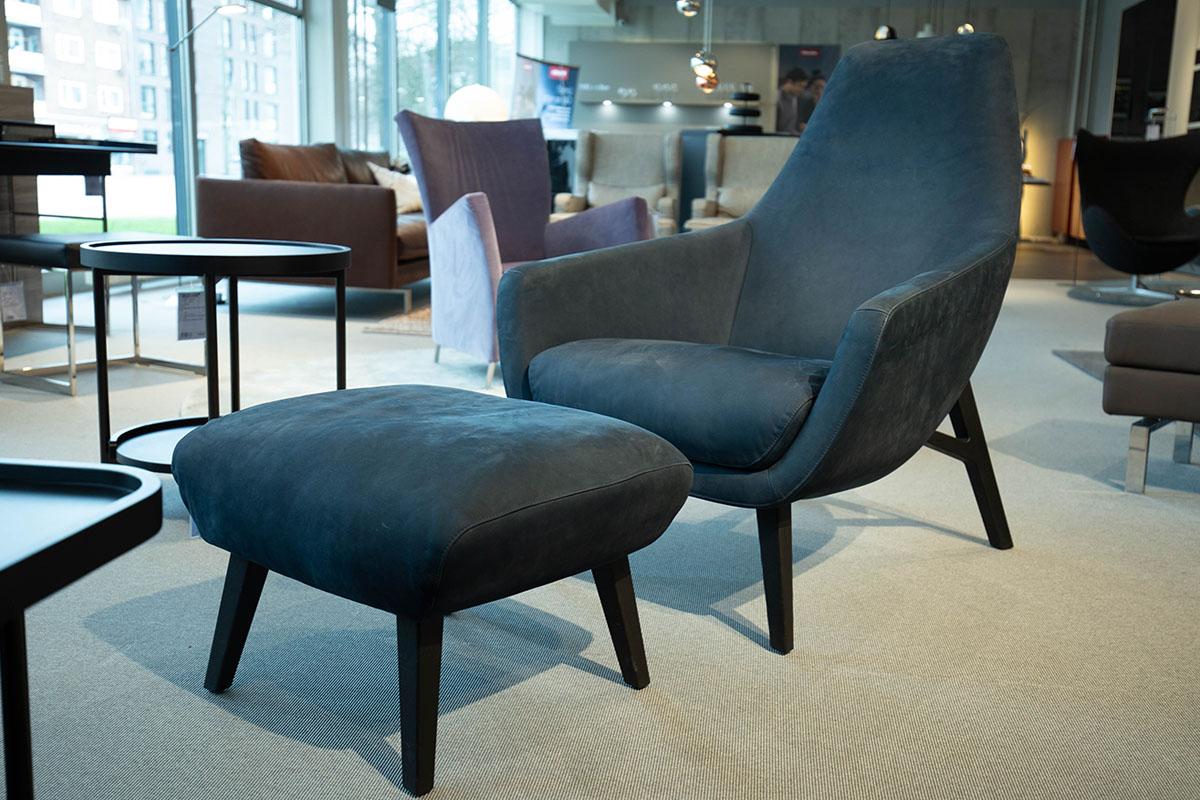 Ausstellungstück im Sale: Sessel Enzo mit Hocker von Montis für 2.190 €