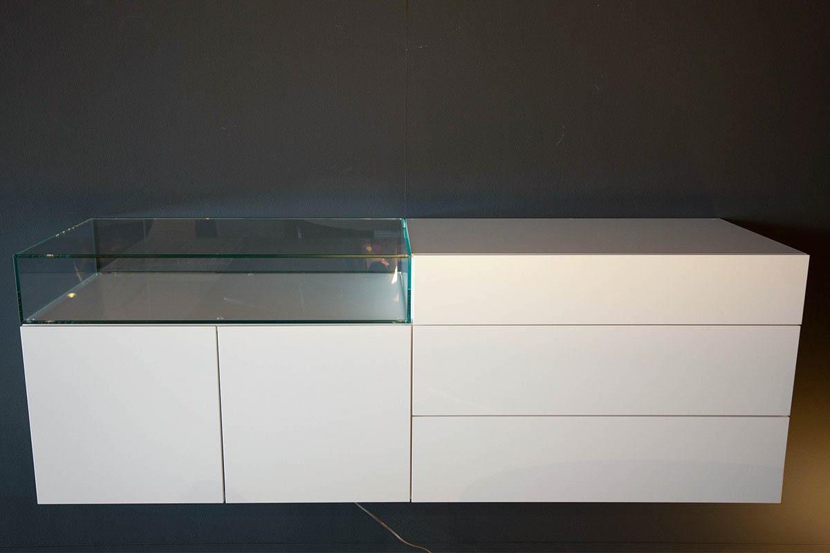 Ausstellungstück im Sale: Lowboard Cosmo hängend von Ress für 2.500 €