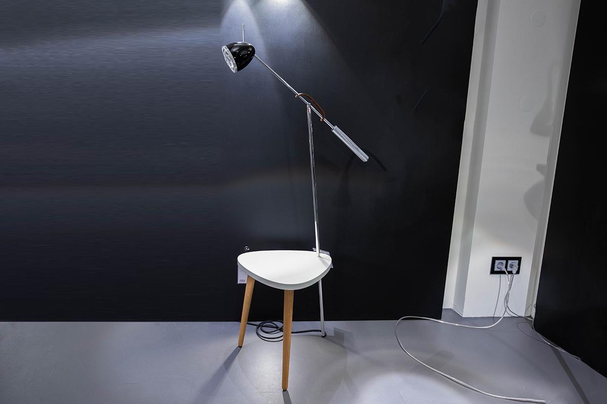 Ausstellungstück im Sale: Beistelltisch mit Standleuchte Ringelnatz von Less n' more für 779 €