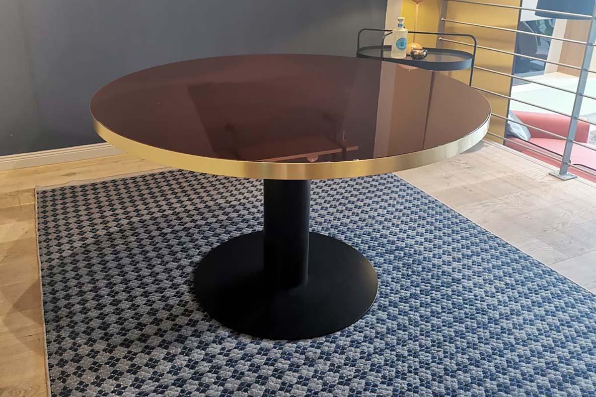 Ausstellungstück im Sale: Esstisch 2.0 Dining Table von Gubi für 2.480 €