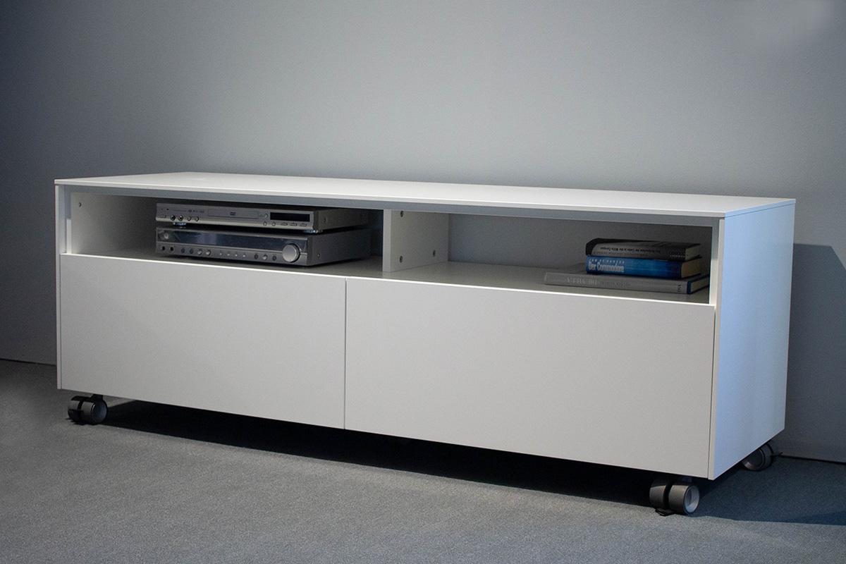 Ausstellungstück im Sale: TV-Sideboard Atrium von Cramer Holzmanufaktur für 1.090 €