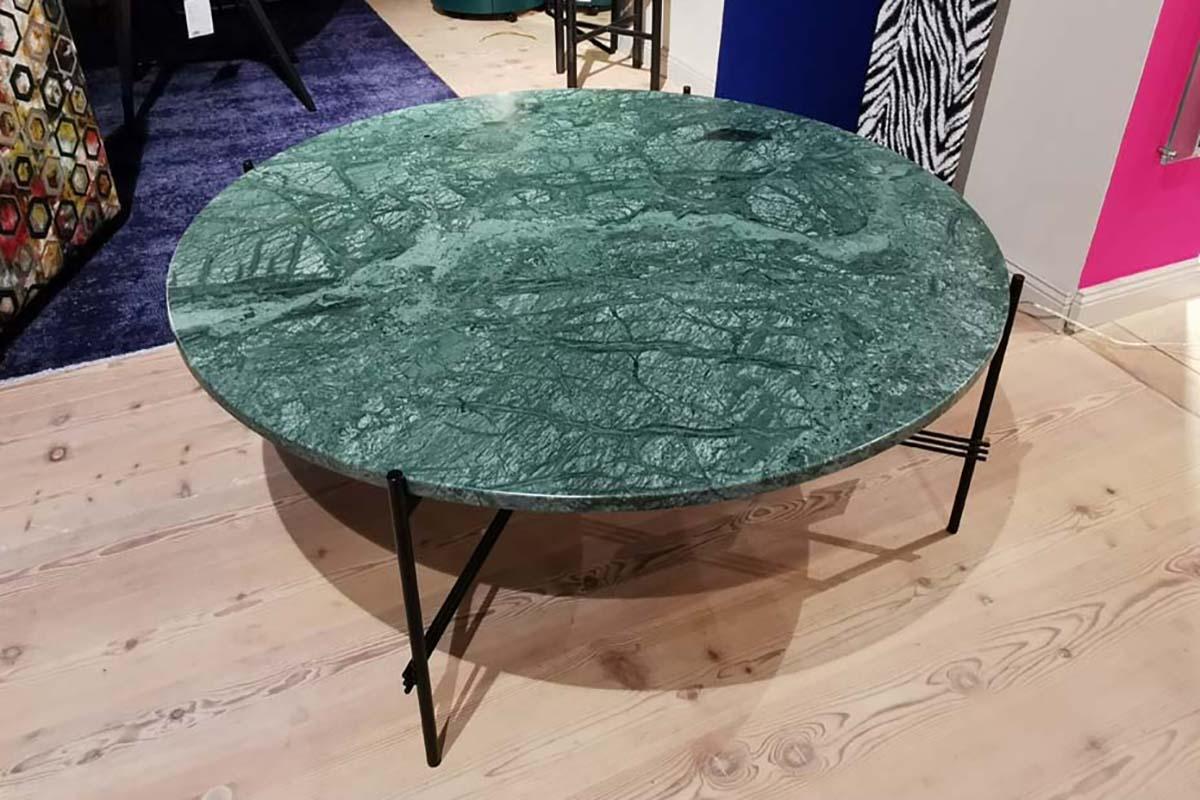 Ausstellungstück im Sale: Couchtisch TS Coffee Table von Gubi für 990 €