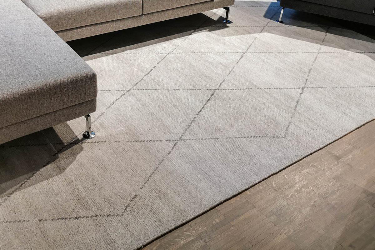 Ausstellungstück im Sale: Teppich Minimal Maroque 250 x 350 cm von Kymo für 2.990 €