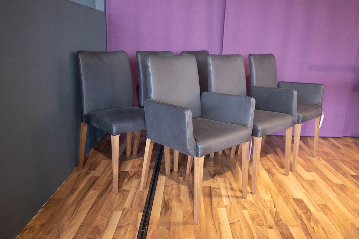 Ausstellungstück im Sale: Stuhlgruppe Matilda von Cramer Polstermanufaktur für 2.990 €