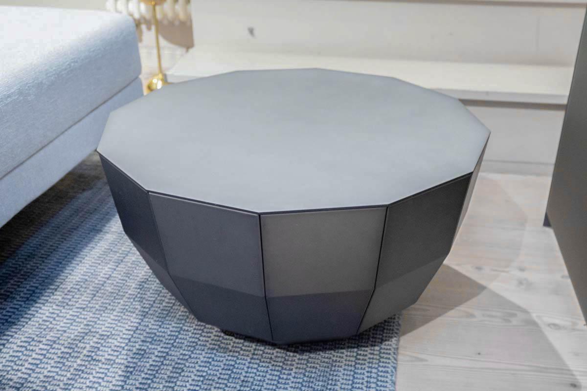 Ausstellungstück im Sale: Couchtisch MO 08 von Müller Möbelfabrikation für 435 €