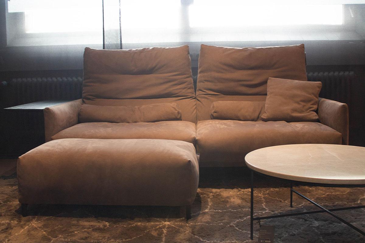 Ausstellungstück im Sale: Sofa mit Hocker Avalanche von COR für 7.990 €