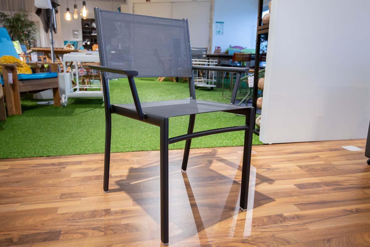Ausstellungstück im Sale: Armlehnstuhl Costa Bridge von Fermob für 169 €