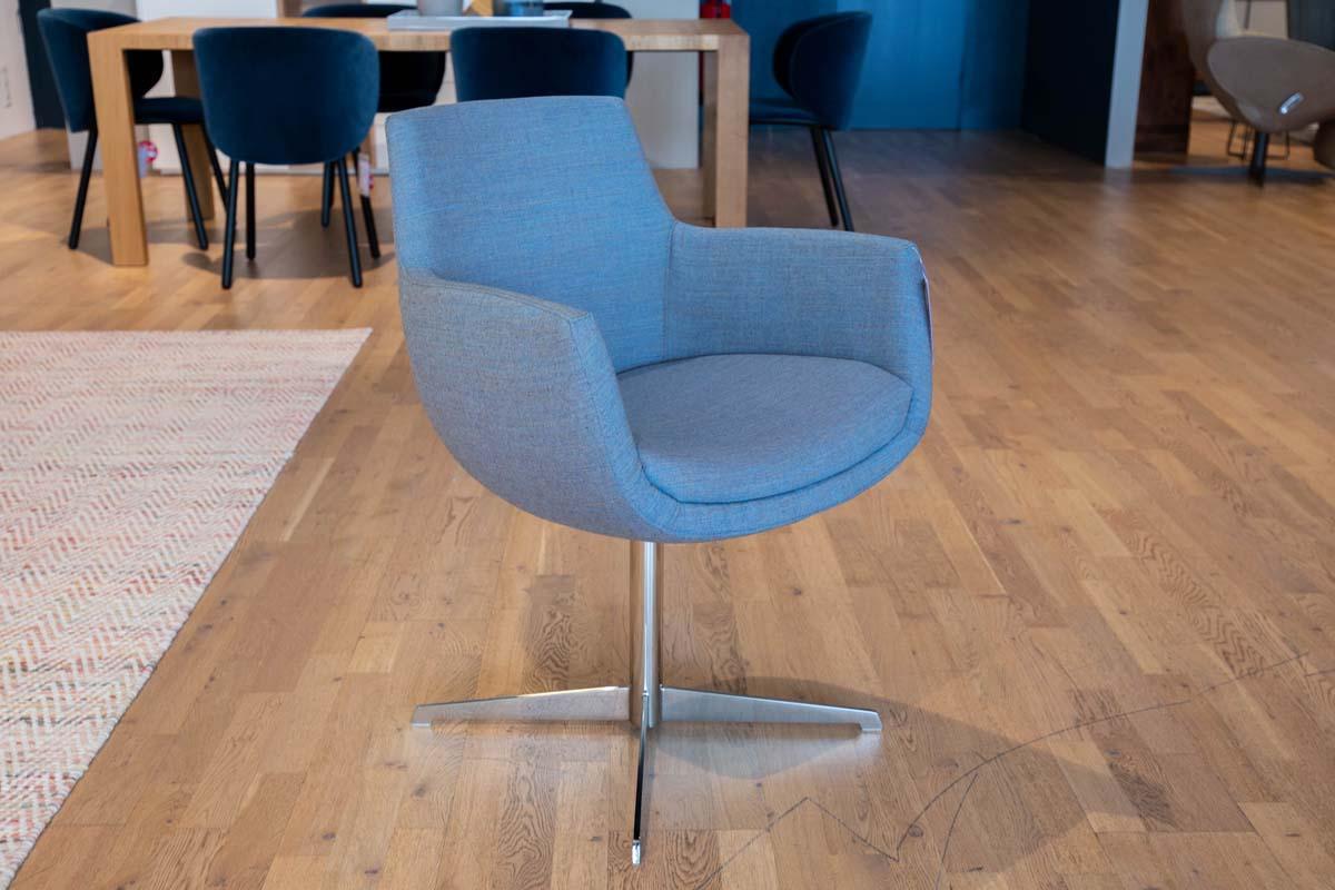 Ausstellungstück im Sale: Stuhl Pia von Cramer Polstermanufaktur für 760 €