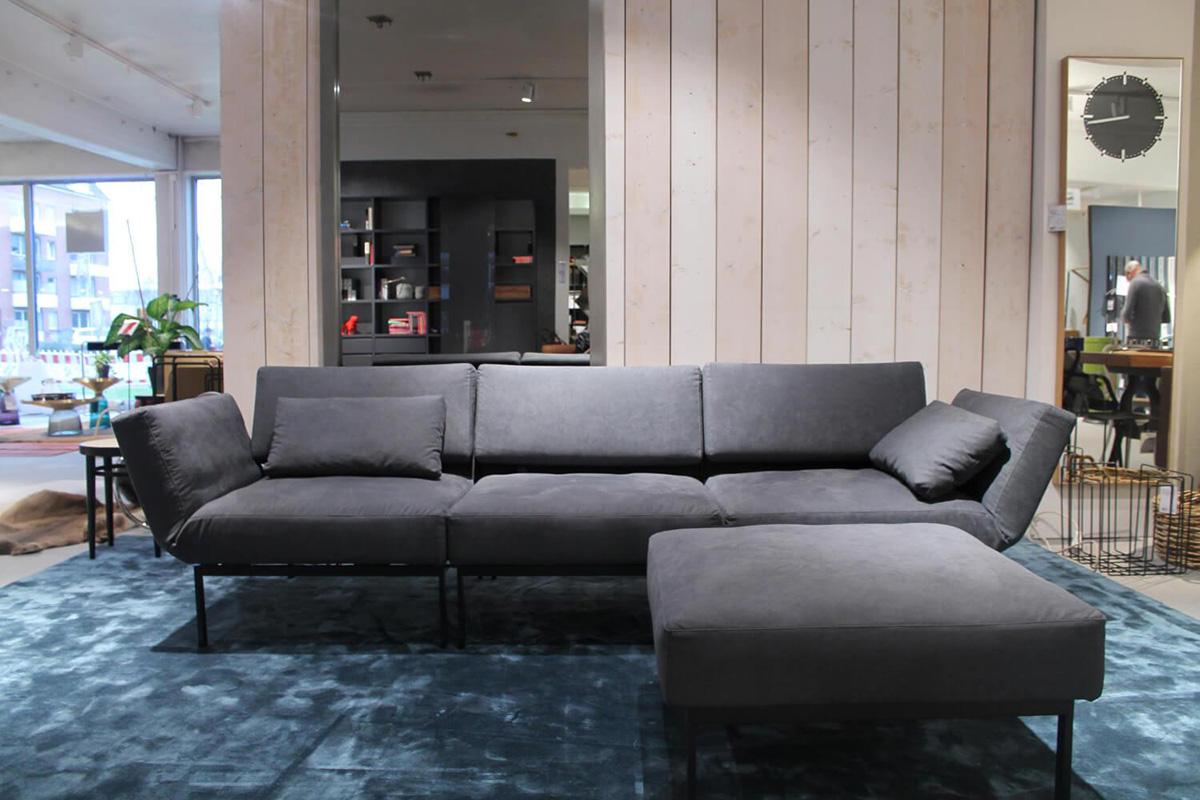 Ausstellungstück im Sale: Sofa mit Hocker Roro/20 Soft von Brühl für 6.990 €