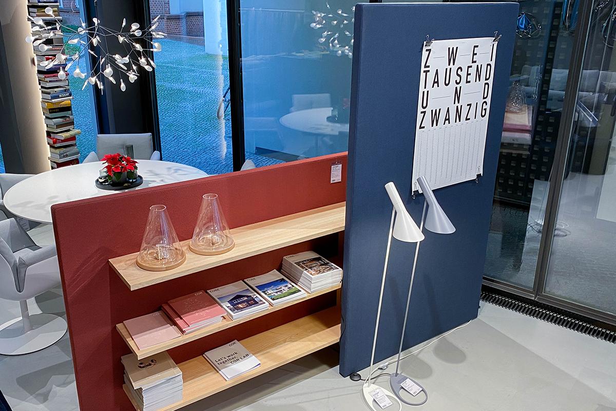 Ausstellungstück im Sale: Raumteiler Chart mit Regal und Ablage von COR für 4.635 €