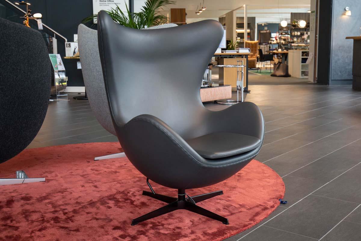 Ausstellungstück im Sale: Sessel Egg Chair Sonderedition von Fritz Hansen für 6.990 €